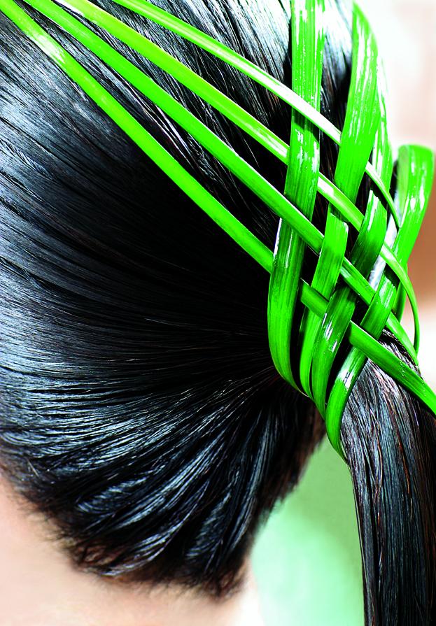 L'Huile de Leonor Greyl: Aceite de pulpa seca de coco y mongongo para la belleza del cabello