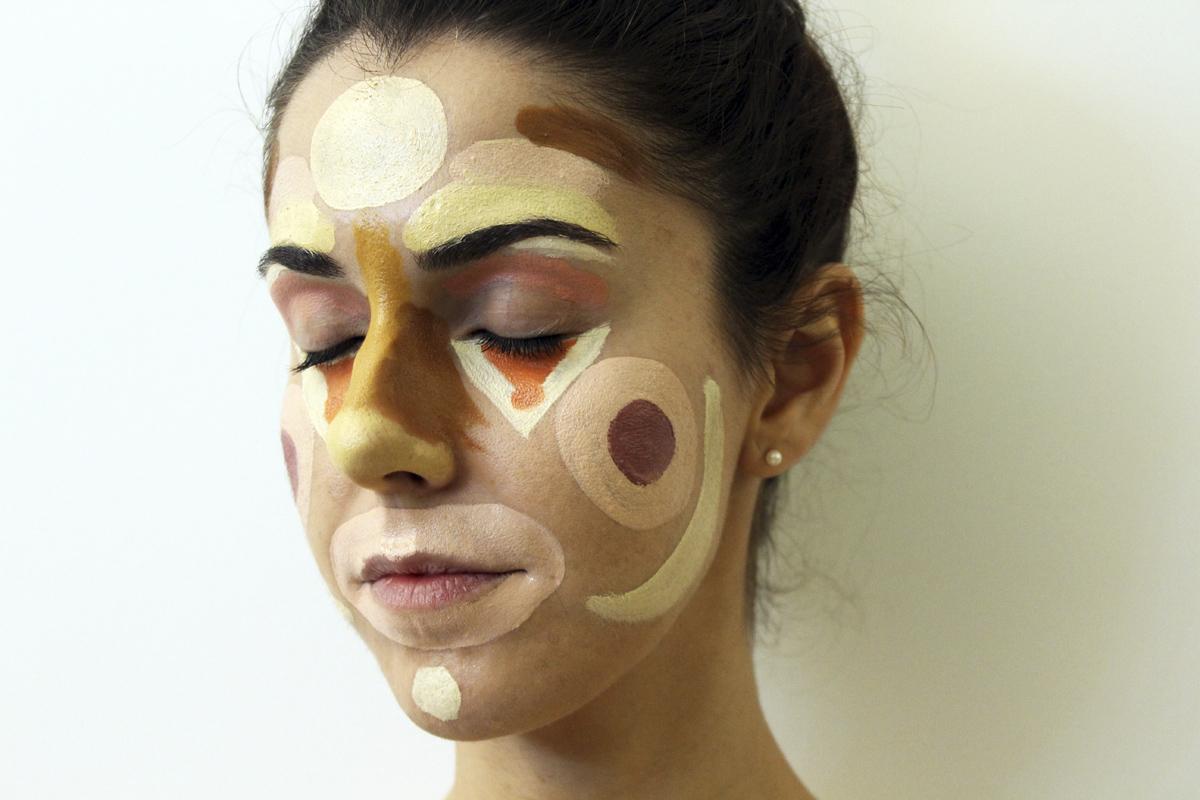 Clown Contouring: Una técnica de maquillaje NO SOLO para Carnavales
