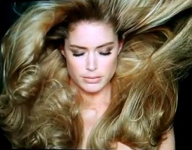 1001 usos del aceite capilar para un cabello sublime