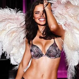 Consejos de un ángel de Victoria's Secret para ser feliz