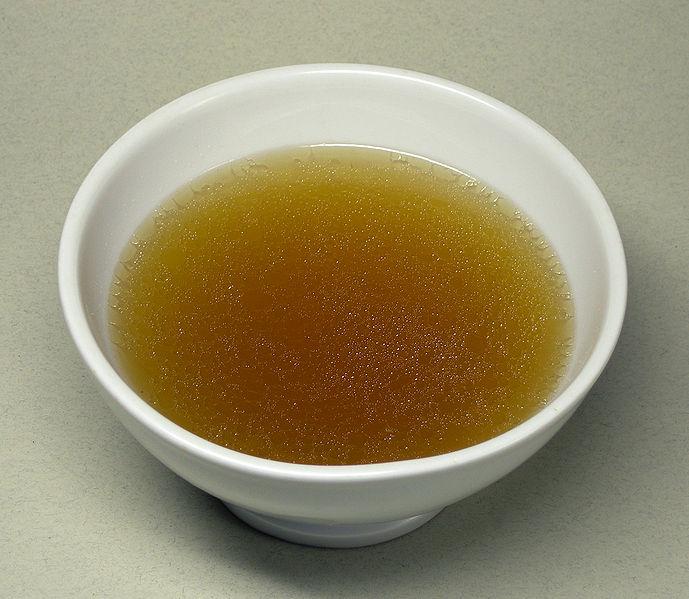 Caldo o consomé depurativo y saludable