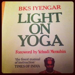 Yoga en acción con BKS Iyengar