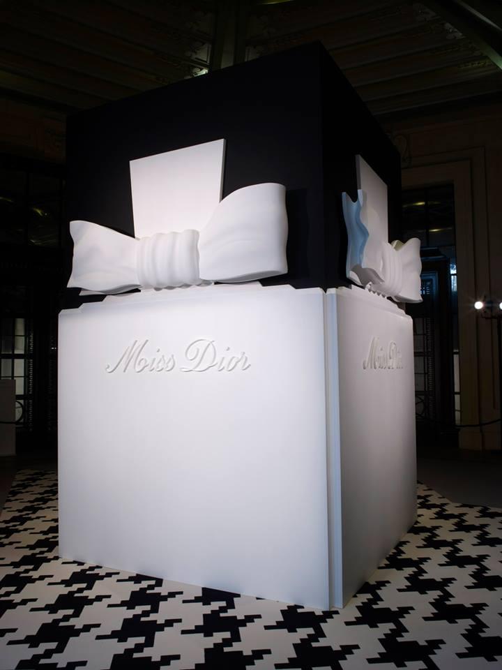 Espíritu Dior, Miss Dior:  Exposition Gran Palais en París