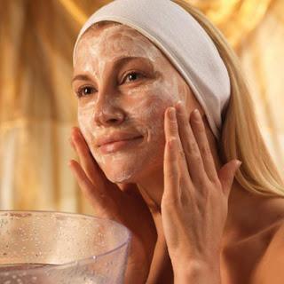 Exfoliantes corporales caseros para facilitar el bronceado y la belleza de la piel