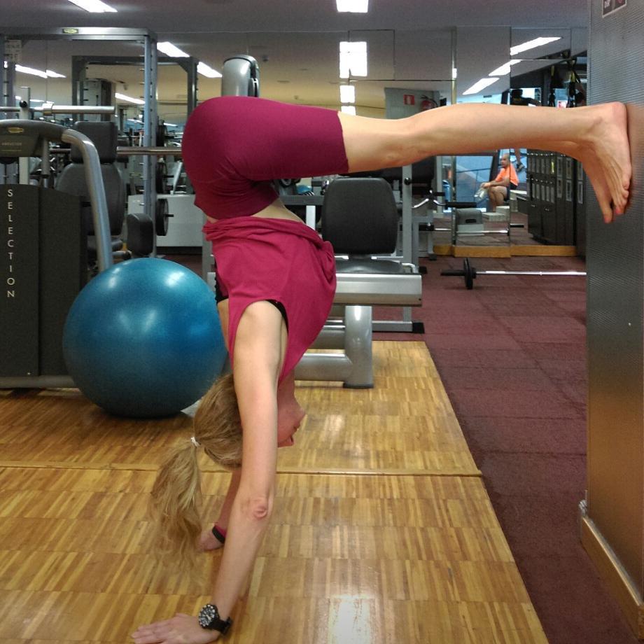 Yoga para el físico, meditación y autodiagnóstico