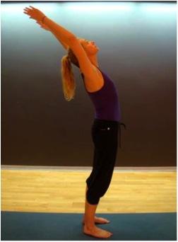 Una Rutina De Yoga Para Principiantes Saludos Al Sol