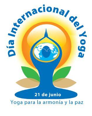 108 saludos al sol y Día internacional del yoga